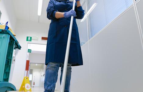 <span>미화원파견업</span><br> 청소는 누구나 할 수 있지만, 누가 어떻게 하느냐가 중요합니다. 차별화된 미화원파견업 서비스를 신청하세요